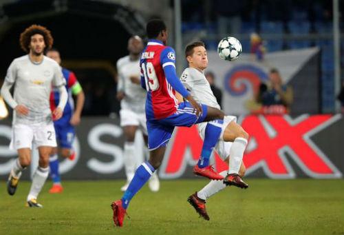 Chi tiết Basel - MU: Cú sốc cuối trận (KT) 19