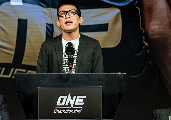 """Huyền thoại MMA châu Á thách đấu """"độc cô cầu bại"""" thế giới 1"""