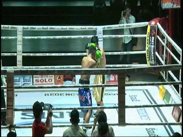 Trần Văn Thảo gây chấn động boxing châu Á: Hay hơn cả số 1 thế giới 2