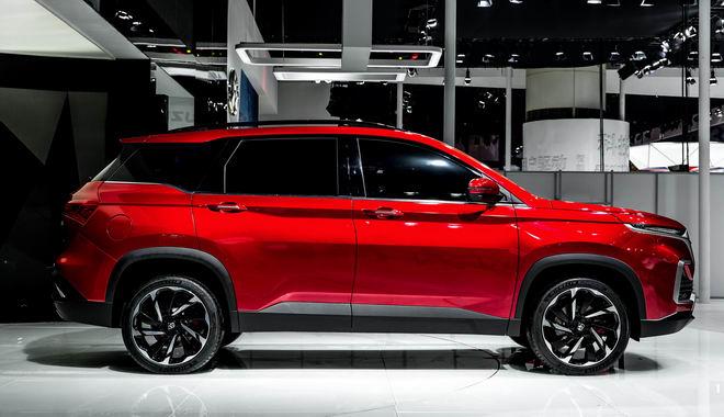 GM giới thiệu SUV bình dân có thiết kế bắt mắt - 2
