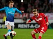 TRỰC TIẾP Cologne - Arsenal: Thế trận một chiều