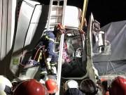 """Ba xe ô tô  """" dồn toa """"  trên cao tốc Pháp Vân- Cầu Giẽ, hai người tử vong"""