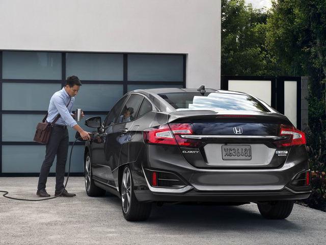 Honda Clarity PHEV công bố giá từ 760 triệu đồng - 2