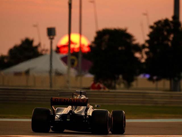 F1 Abu Dhabi GP: Vua đăng quang không trọn vẹn 2