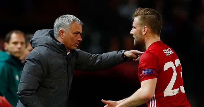 Chuyển nhượng MU: Mourinho được khuyên tống cổ Blind và Darmian 2