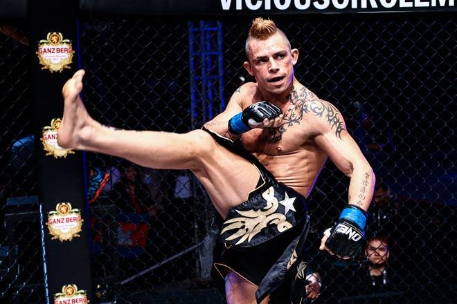 """Thầy giáo MMA tại Việt Nam tung đòn """"kịch độc"""", tái xuất vang dội 1"""