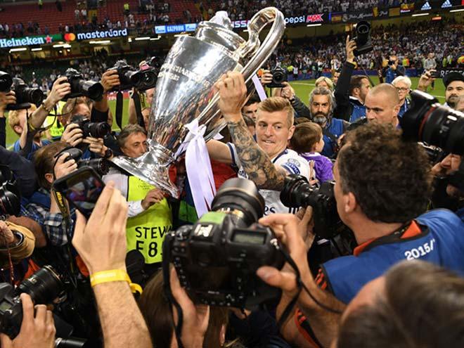 Tin HOT bóng đá tối 26/11: Kroos đối địch nhà báo fan Arsenal 1
