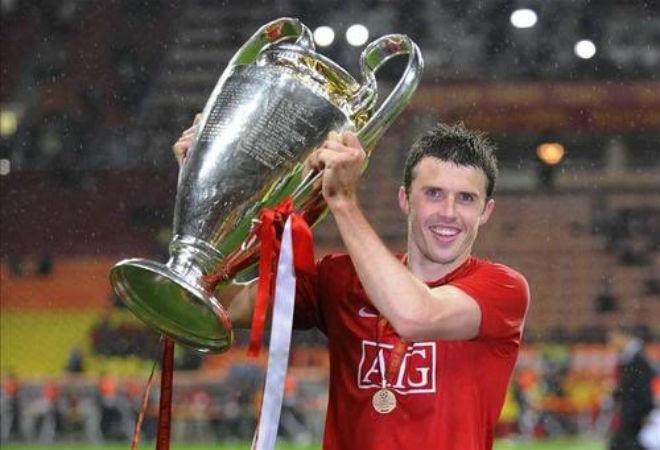 Tin HOT bóng đá tối 26/11: Kroos đối địch nhà báo fan Arsenal 3