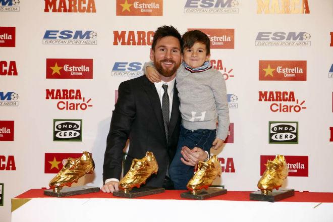 Barca: Messi kí hợp đồng 700 triệu euro, vượt Ronaldo, chờ phá 5 kỉ lục - 1