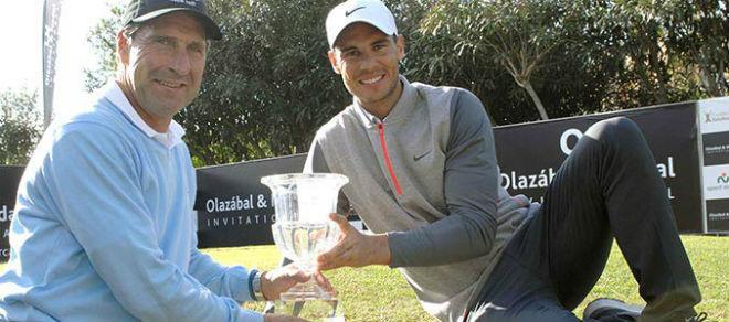Tennis 24/7: Nadal vô địch… đánh golf, hẹn đấu Djokovic dịp tất niên 2