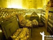 Thế giới - Hoạn quan mê tiền cực độ, giàu có nhất lịch sử Trung Quốc