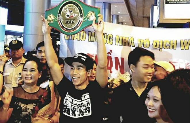Võ sỹ Việt vô địch châu Á ẵm 220 triệu VNĐ, thách đấu số 1 WBC 1