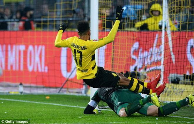 Tin HOT bóng đá sáng 28/11: Aubameyang chờ Chelsea và Liverpool giải cứu 1