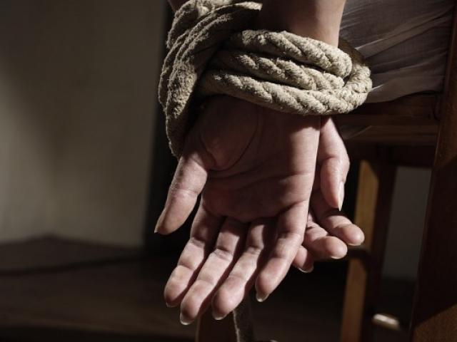 """Ấn Độ: Khám trường học, phát hiện 200 """"nô lệ tình dục"""" bị nhốt - 3"""