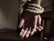 Thế giới - Cô gái bị xích làm nô lệ tình dục, hãm hiếp 10 năm chấn động nước Ý