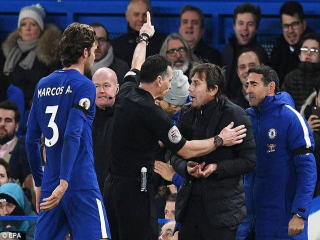 """Chelsea thắng may: HLV Conte """"xơi"""" thẻ đỏ, cuống quýt xin lỗi 1"""