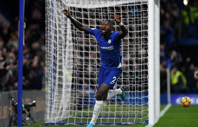"""Chelsea thắng may: HLV Conte """"xơi"""" thẻ đỏ, cuống quýt xin lỗi 2"""