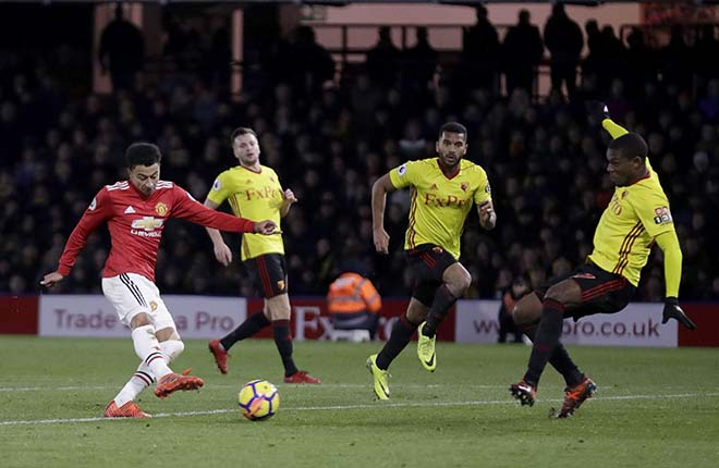 """MU đấu Arsenal: Mourinho ủ mưu """"Fergie time"""" để bắt nạt Wenger - 3"""
