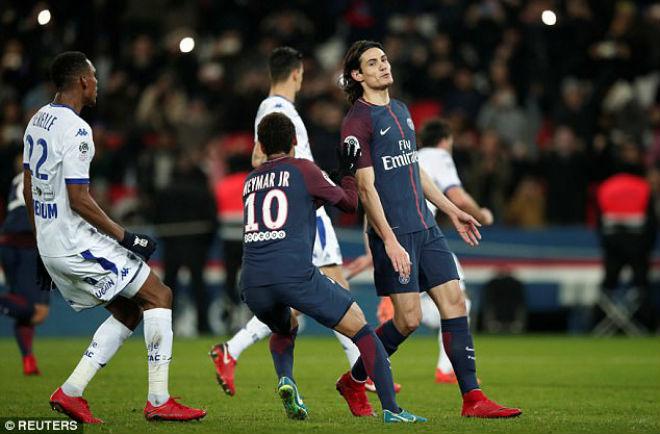 PSG - Troyes: Penalty, siêu sao và 2 bộ mặt trái ngược 1