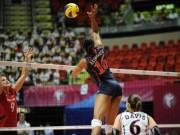 """Thể thao - """"Thánh nữ"""" bóng chuyền: Chân dài 1m91, bật 3m3 đập bóng """"điện xẹt"""""""
