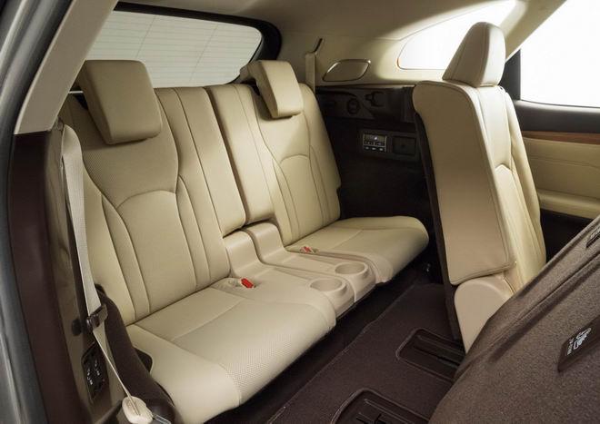 Xe 7 chỗ Lexus RX 350L có giá từ 1,08 tỷ đồng - 2
