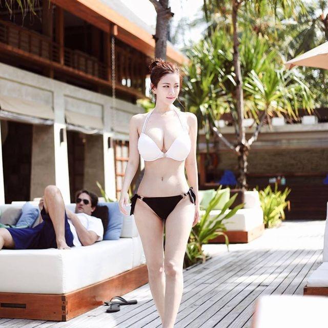 Top 10 nữ thần nóng bỏng nhất Hàn Quốc năm 2017 - 10
