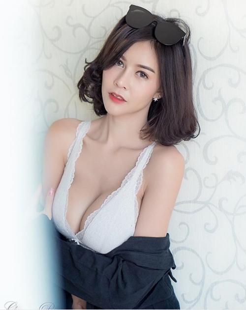 """Hết hồn với nàng người mẫu Thái Lan có """"núi đôi"""" như sắp nổ tung - 2"""
