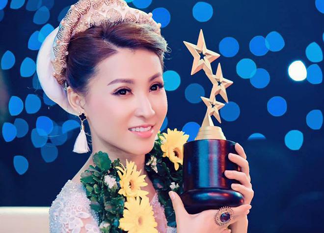 """Ca sĩ """"Teen vọng cổ"""": Hoài Linh, Ngọc Sơn... cũng đi diễn hội chợ như tôi - 2"""
