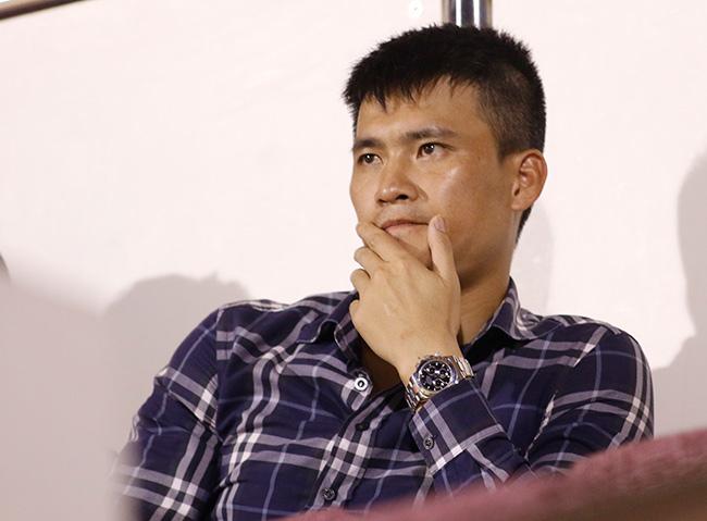 """""""Ronaldo Phi Sơn"""" 6 tỷ đồng: Giành Cup, lên giá bao nhiêu? 2"""