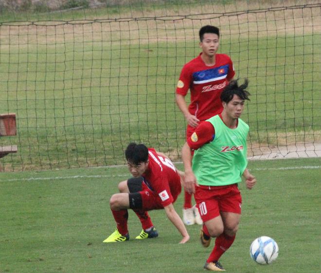 """U23 Việt Nam: Công Phượng lừa bóng như Messi, """"đùa giỡn"""" Xuân Trường - 9"""