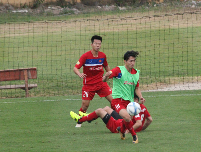 """U23 Việt Nam: Công Phượng lừa bóng như Messi, """"đùa giỡn"""" Xuân Trường - 8"""