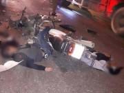 Tin tức trong ngày - Hà Nội: Hai xe máy vỡ vụn sau va chạm, 2 người tử vong