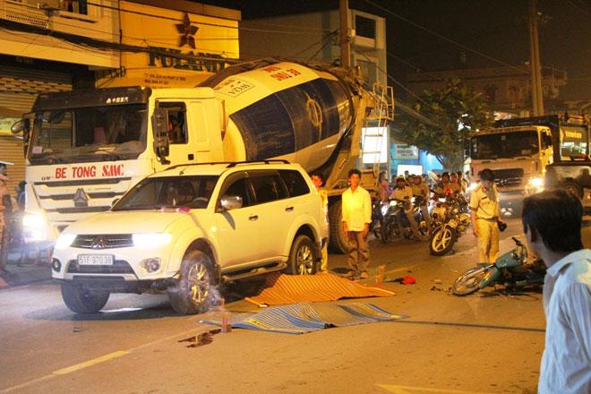 2 thiếu niên tử vong trên phố SG khi vừa rời nhà trọ - 1