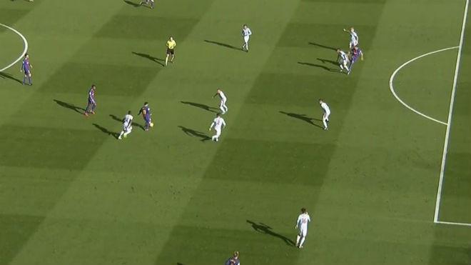 Barca 2 trận mất 2 bàn, 4 điểm: Âm mưu của La Liga lộ rõ? - 1