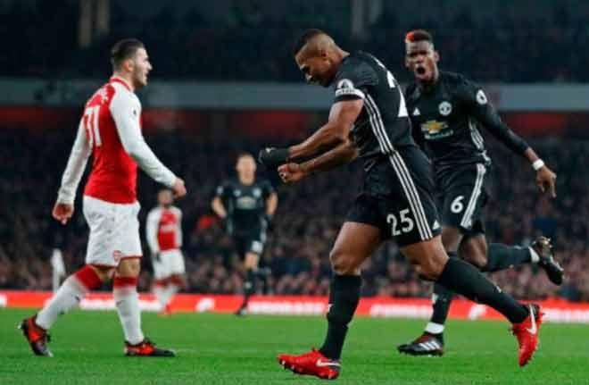 Góc chiến thuật Arsenal - MU: Mourinho học mưu Hàn Tín 1