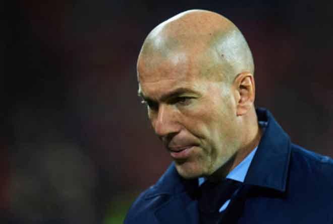 """Real sa sút, Ronaldo tịt ngòi: Zidane có """"sống sót"""" hết năm 2017? - 3"""