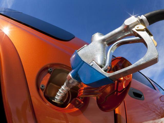 Một số hiểu lầm về nhiên liệu ô tô thường gặp - 1