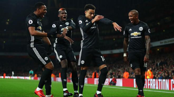 MU hạ Arsenal, xứng danh anh hùng: Tinh thần Mourinho bất diệt 1