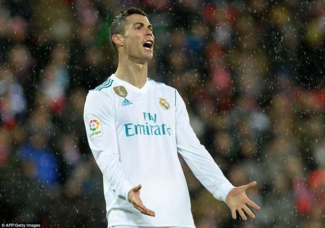 """Ronaldo lại gây thất vọng: Triệu fan Real oán trách, """"trùm"""" Perez tính đổi lấy Hazard - 1"""