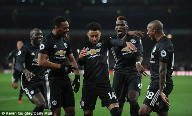 "MU ""hủy diệt"" Arsenal: Đỉnh cao De Gea, Pogba dại dột - 6"