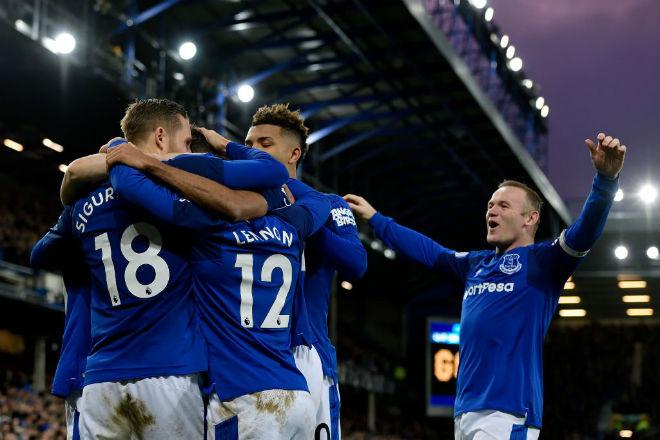 """Everton - Huddersfield: Rooney """"im tiếng"""" vẫn có tiệc 1"""