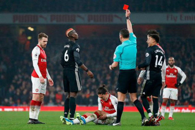 "MU ""hủy diệt"" Arsenal: Đỉnh cao De Gea, Pogba dại dột - 13"