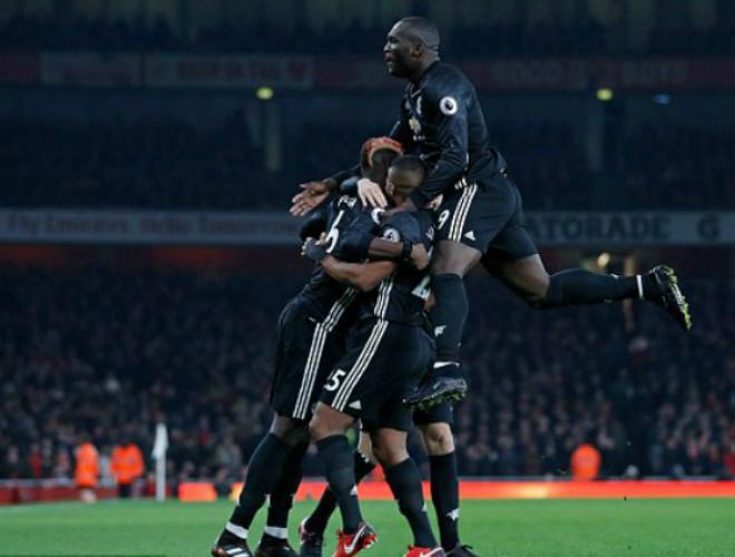 "MU ""hủy diệt"" Arsenal: Đỉnh cao De Gea, Pogba dại dột - 3"
