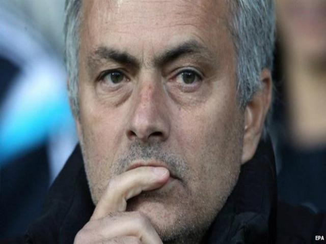 "MU rối bời: Martial chửi Mourinho, sẽ sớm bị ""thanh trừng"" 5"