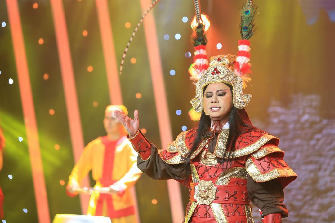"""""""Thần đồng"""" bé Châu suýt bị loại khỏi gameshow vì ảo thuật kém - 6"""
