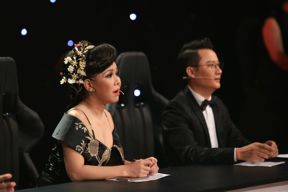 """""""Thần đồng"""" bé Châu suýt bị loại khỏi gameshow vì ảo thuật kém - 9"""