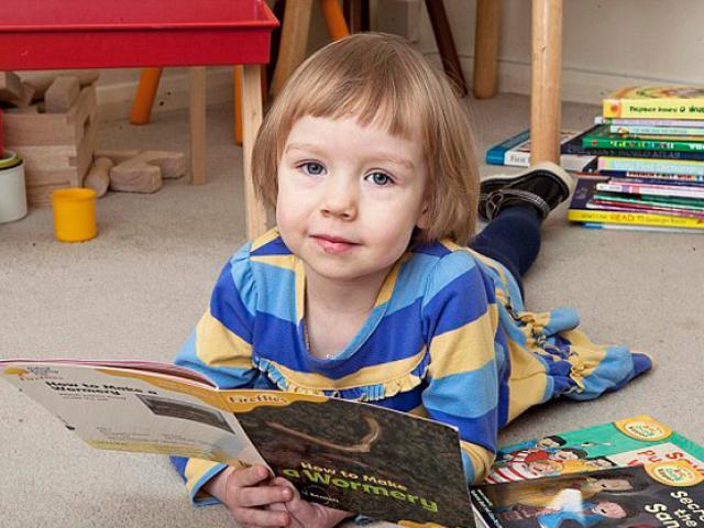 Khả năng kỳ lạ của thần đồng 5 tuổi thông minh nhất hành tinh - 2