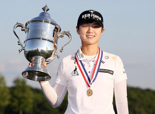 Golf 24/7: Hot girl Hàn Quốc tài giỏi, kiếm tiền siêu khủng 1