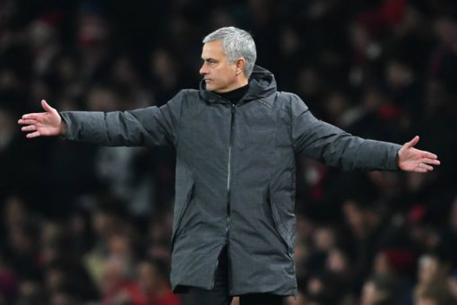 """Họp báo MU – CSKA Moscow: Pogba chuộc lỗi, Mourinho """"tung hỏa mù"""" 2"""