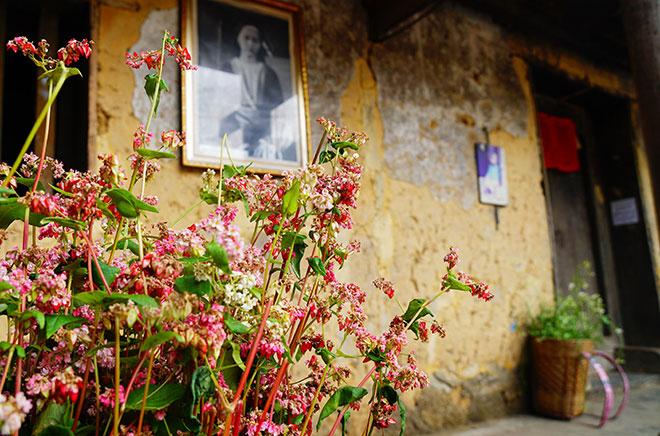 Ở Hà Giang, có một ngôi nhà cổ đẹp lạ ẩn mình giữa cao nguyên đá - 4